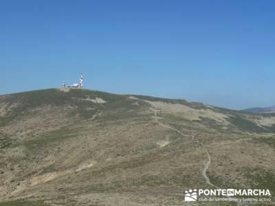 Travesía por la Sierra de la Maliciosa - Senderismo Madrid; material montaña